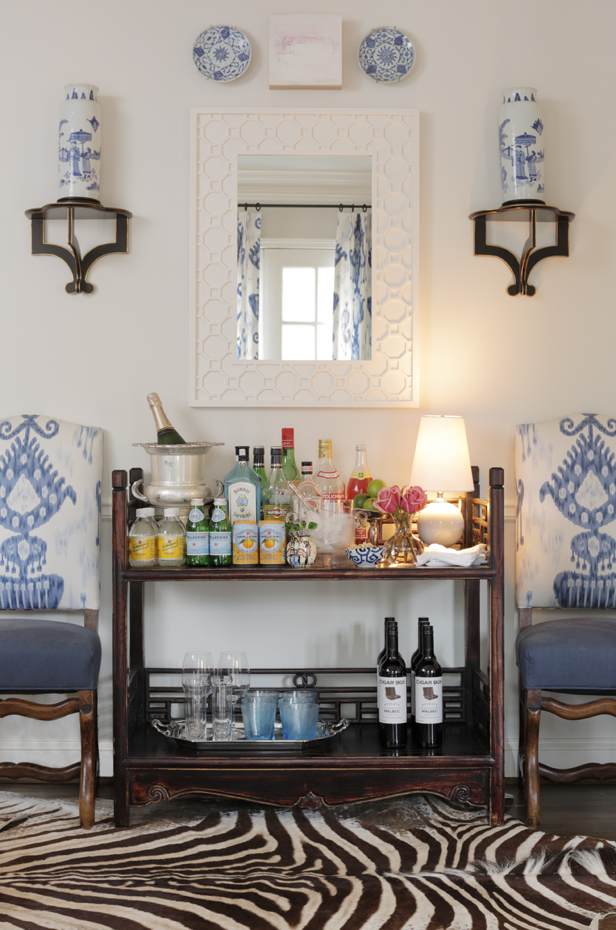 Alcohol Bar Between Kitchen And Dining Room